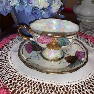 🆕 Vintage Iridescent Teacup & Saucer